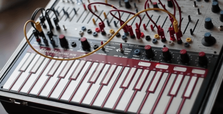 Buchla - 16 bit, wav Samples » Right Music Records